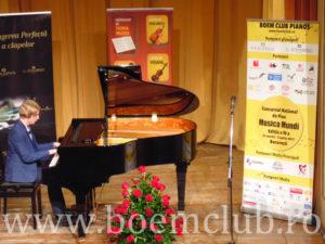 pianine si piane de la Boem Club Pianos