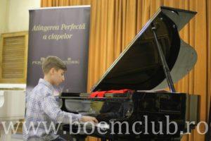 boem-club-pianos_pianist-g-steinberg